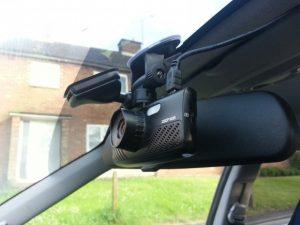 pourquoi installer une dashcam dans sa voiture